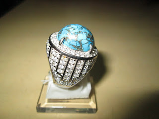Batu Pirus Persia Urat Emas Ikatan Mewah