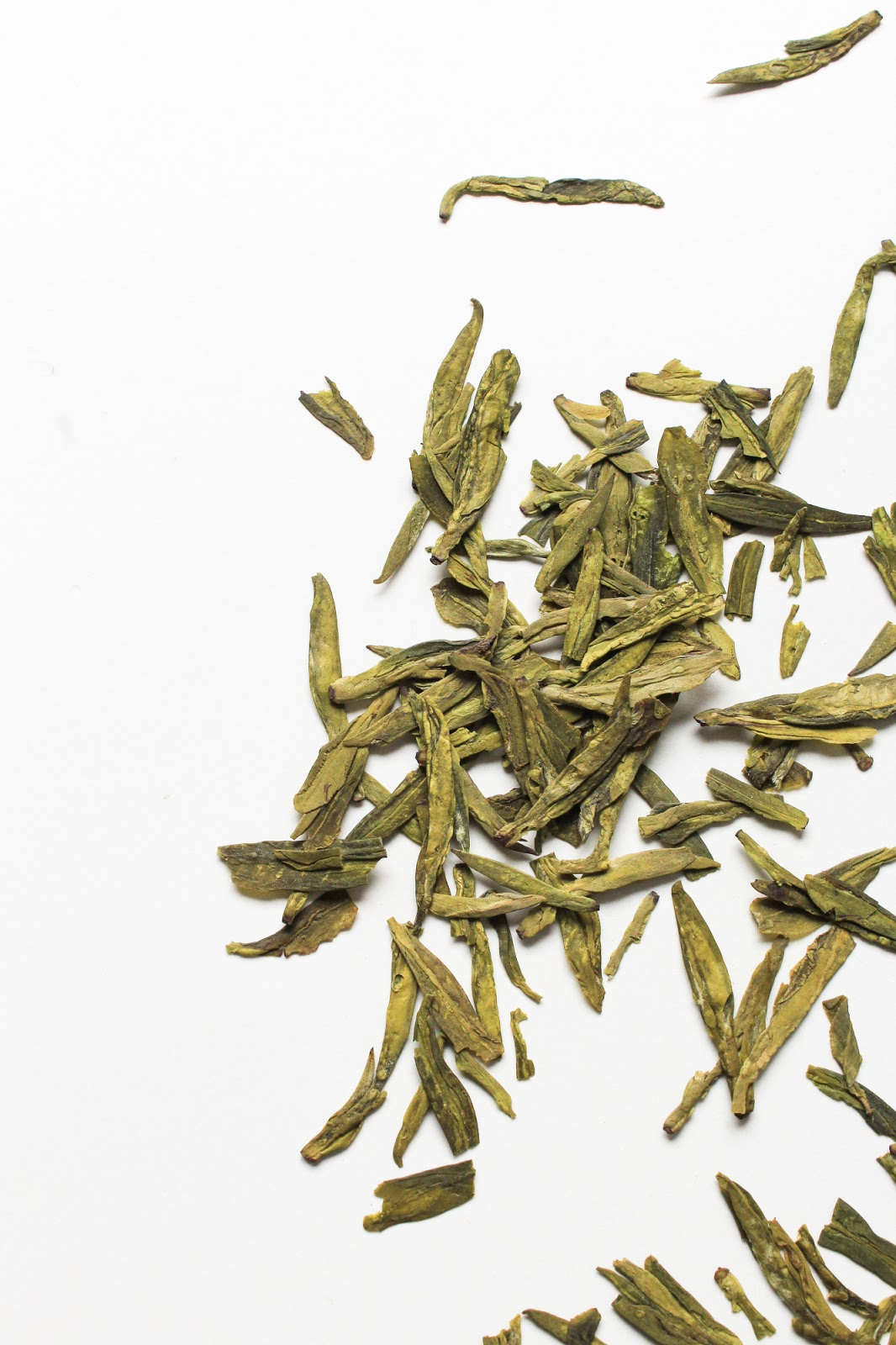Earthwise Beauty Dragon's Well Green Tea Toasty and Opulent Whole Leaf Long Jing Tea