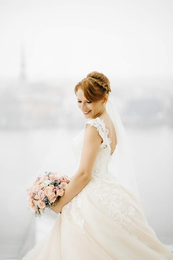 kāzu foto Latvijas nacionālā bibliotēkā