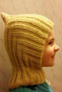 kepurė su kaklu