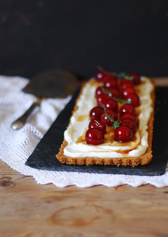 no-bake-plum-mascarpone-tart-tarta-ciruelas-sin-hornear