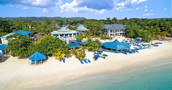 Top 10 most beautiful black owned hotels and resorts for Beautiful hotels around the world
