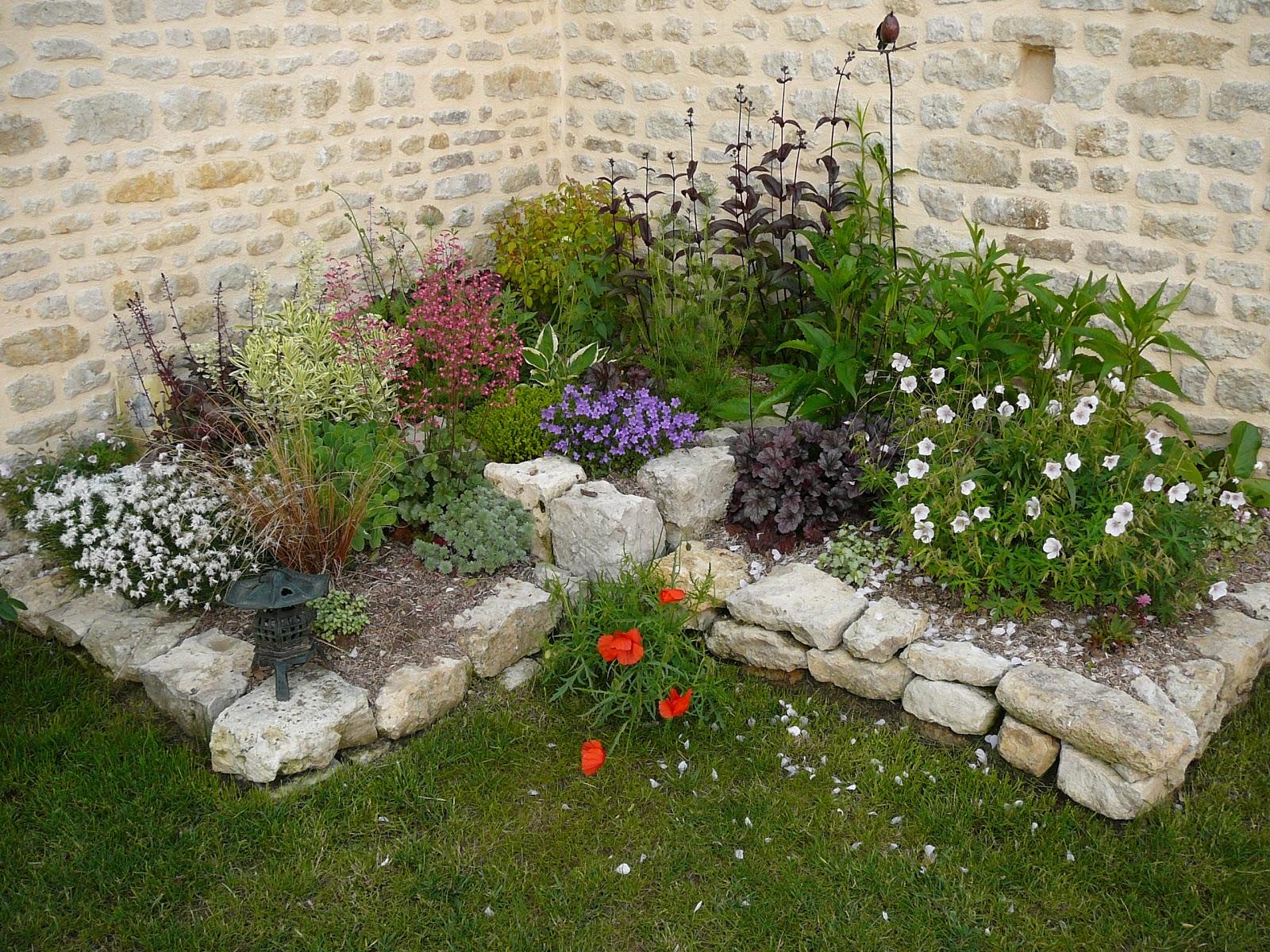 le jardin des chouchoux le jardin prend forme. Black Bedroom Furniture Sets. Home Design Ideas