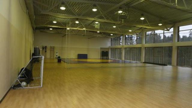 Tempat latihan indoor bagi Timans Inggris selama menginap di hotel