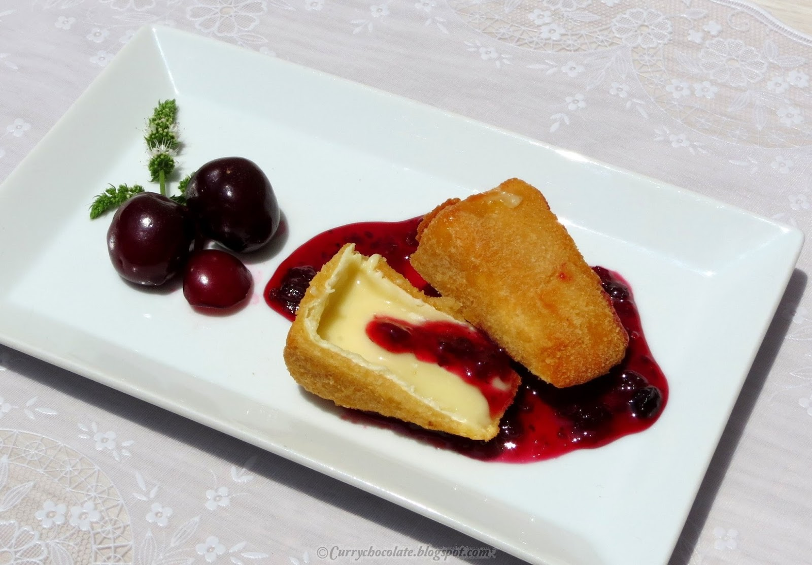 Camembert con mermelada de frambuesa - Camembert with raspberry jam