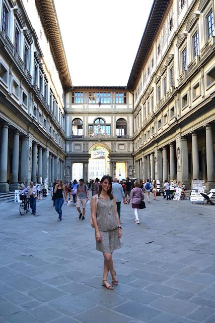 galleria uffizi florencia italia