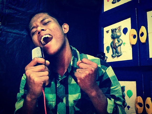 Bercita-cita Pengen Jadi Penyanyi