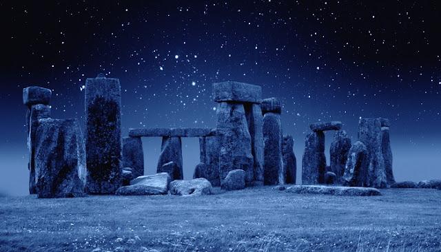 5 Monumen Batu Paling Misterius di Dunia