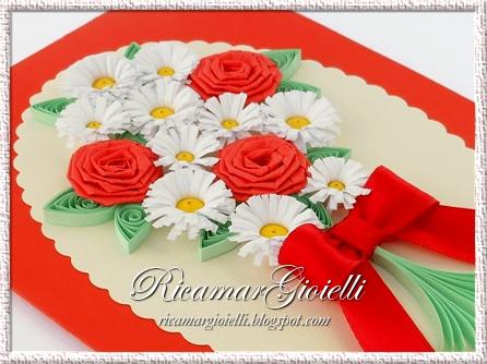 Mazzo di fiori in quilling