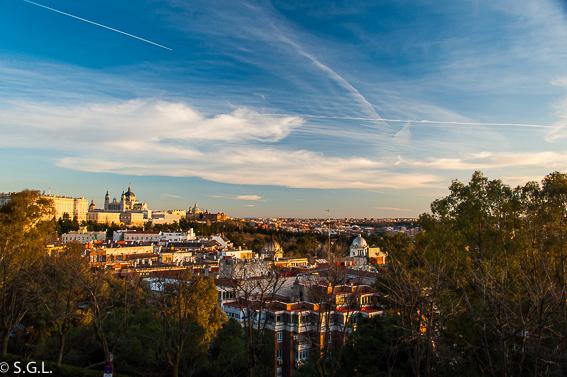 Palacio real y la Almudena. Ruta lowcost por Madrid
