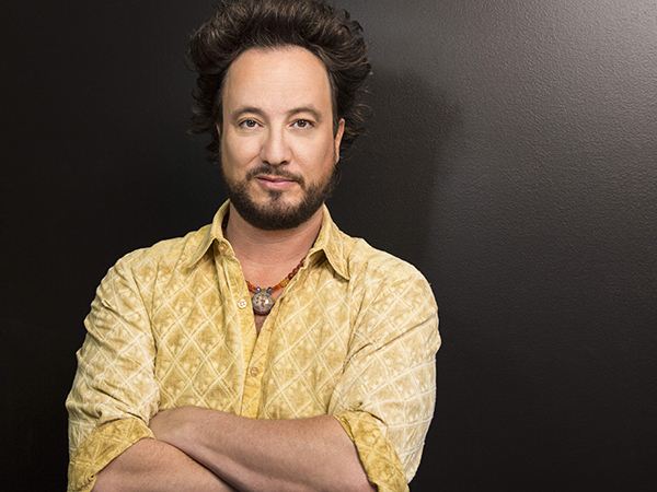 Giorgio-A-Tsoukalos-co-productor-ejecutivo-Ancient-Aliens