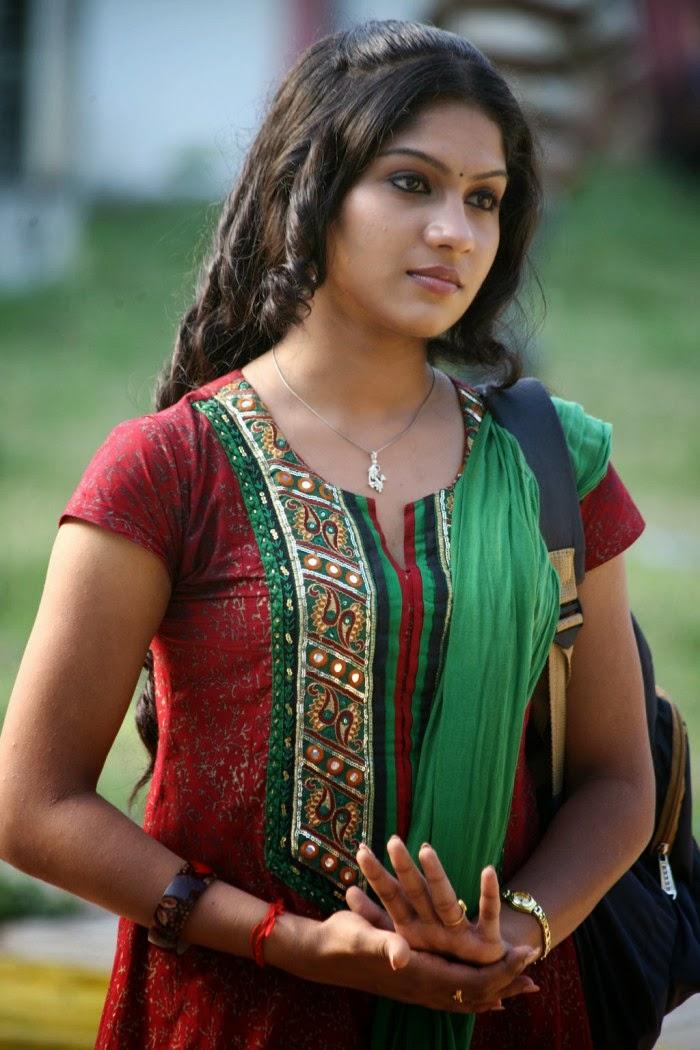 Actress HD Gallery: Swasika Beautiful Tamil Movie Actress