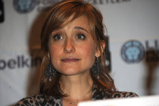Allison Mack attends Day 3 of Wizard World Chicago Comic Con on August 11, 2013 in Rosemont, Illinois.