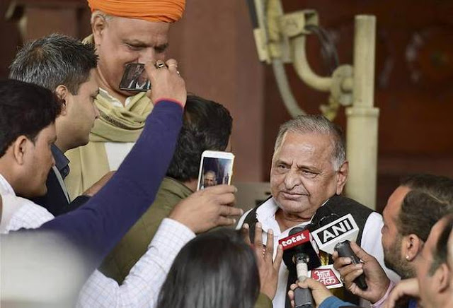 In flip-flop, Mulayam to campaign for Akhilesh