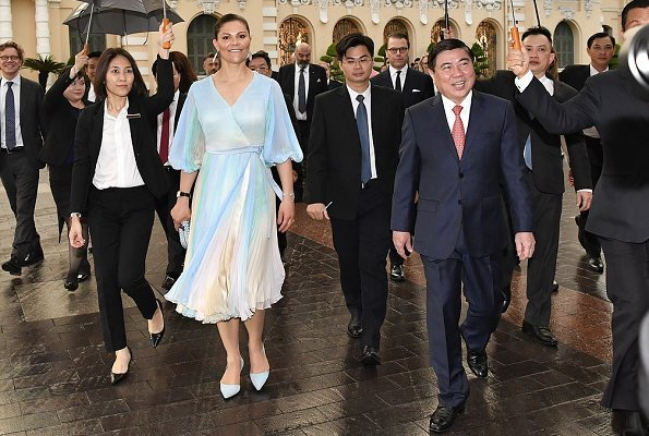 The Crown Princess, The Prince and the delegation of Sweden-Vietnam Business Summit