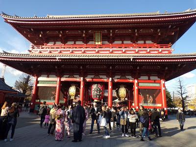 puerta hozomon templo Sensoji