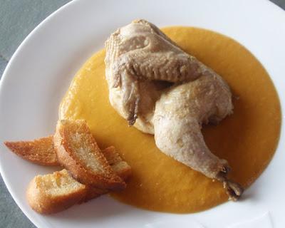pollitos picantones en salsa
