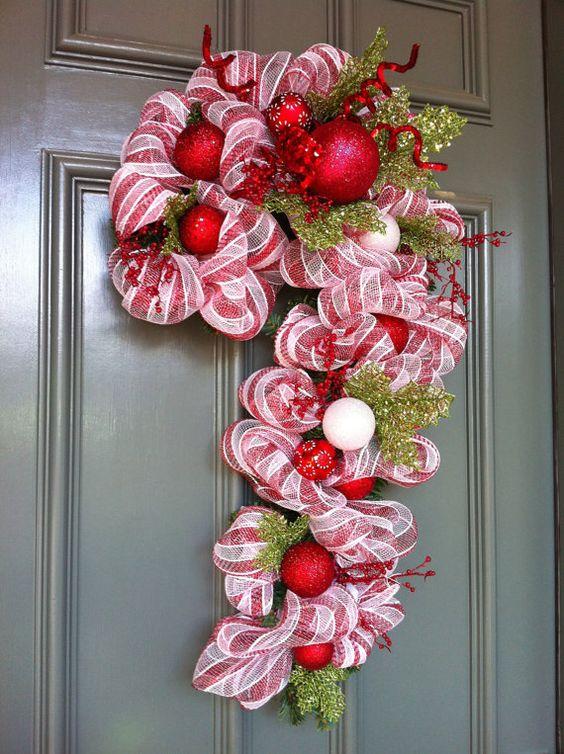 Aprende c mo decorar tu puerta en esta navidad haciendo - Decoracion navidena artesanal ...