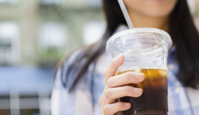 5 Ancaman Kesehatan Jika Sering Minum Es Teh Manis