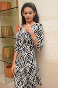 actress swetha jadhav new glam pix-thumbnail-14