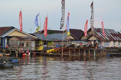Meriam Karbit di Tepian sungai Kapuas blogger pontianak