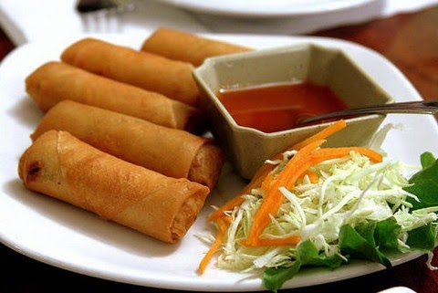 Vegetarian Egg Rolls With Baked Beans And Noodles