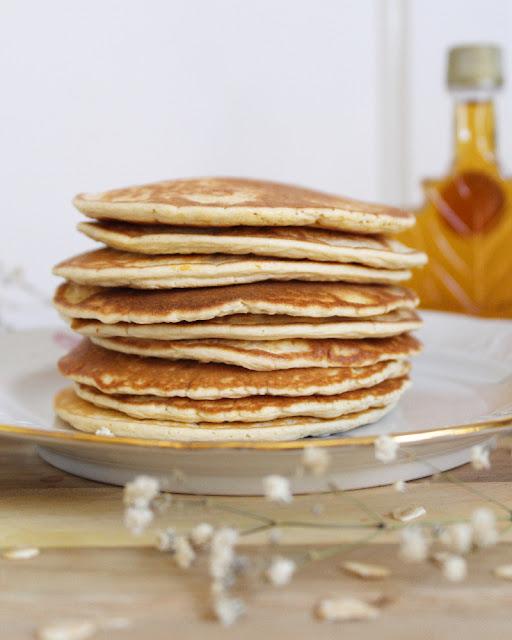 Hotcakes de avena con queso ricotta