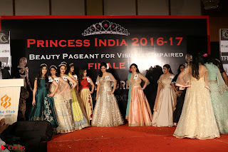John Aham, Bhagyashree, Subhash Ghai and Amyra Dastur Attends Princess India 2016 17 Part2 031.JPG