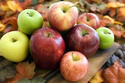 التفاح ينظف الكبد