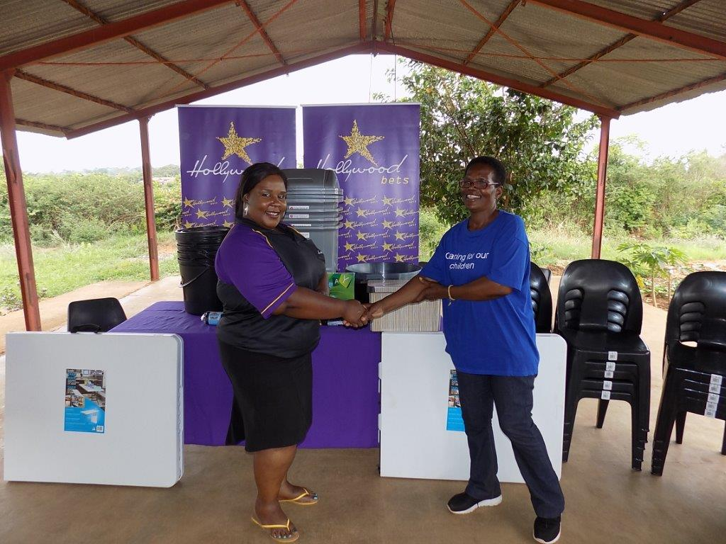 Everyone at Children of the Dawn Lenyenye was happy to receive a much-needed donation of furniture and JoJo tanks from Hollywoodbets Phalaborwa