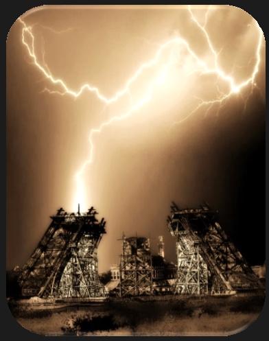 La Casa dels Enganys dels Sentits - Raig sobre la Torre Eiffel
