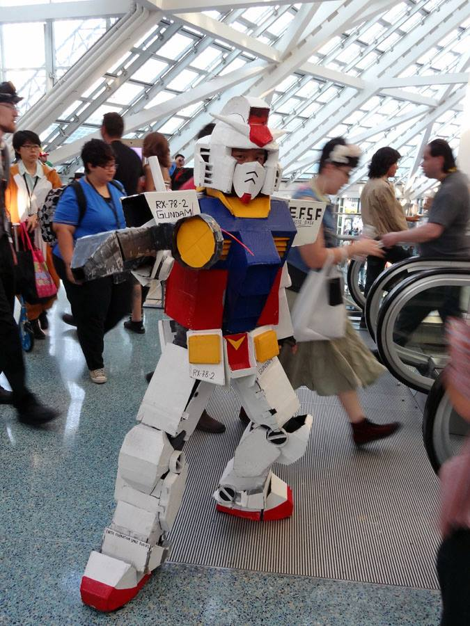Anime Expo Stands : Gundam cosplay at anime expo gundam kits collection news and reviews