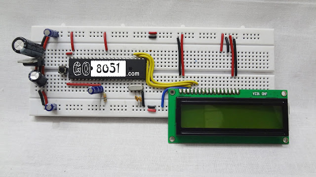 Interfacing 16x2 LCD with 8051 Microcontroller on Breadboard