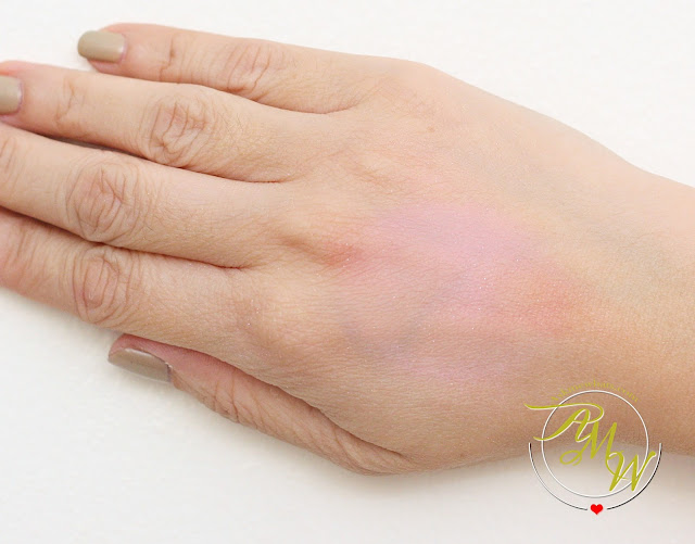 a swatch photo of Dearberry Toc Toc Blusher in Marshmallow Bunny
