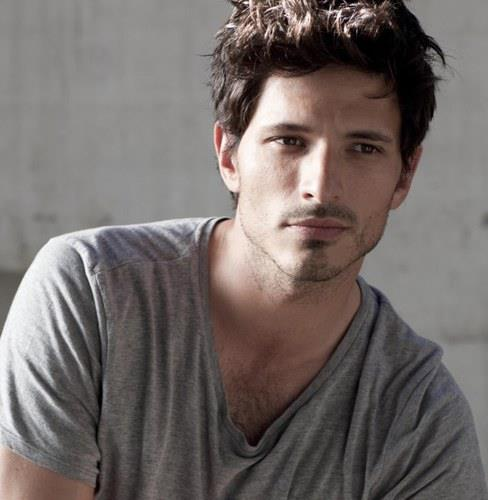 Andres Velencoso novia, y kylie minogue, instagram, age, wiki, biography