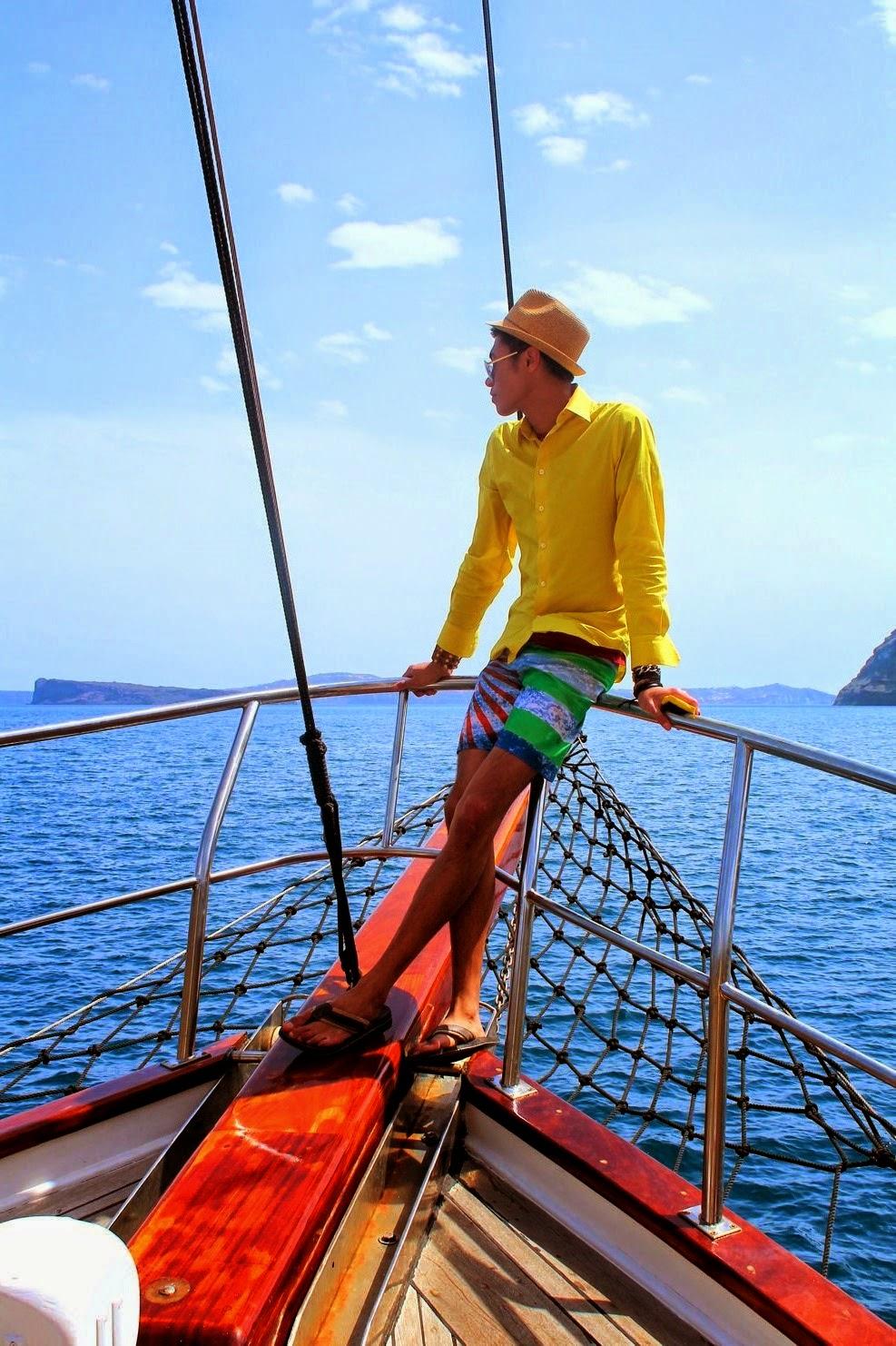http://ziondejano.blogspot.com/2014/04/sailing-caldera_24.html