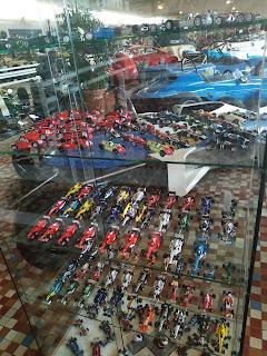 coleccion de coches miniatura en Musee de Automobile de Vendee