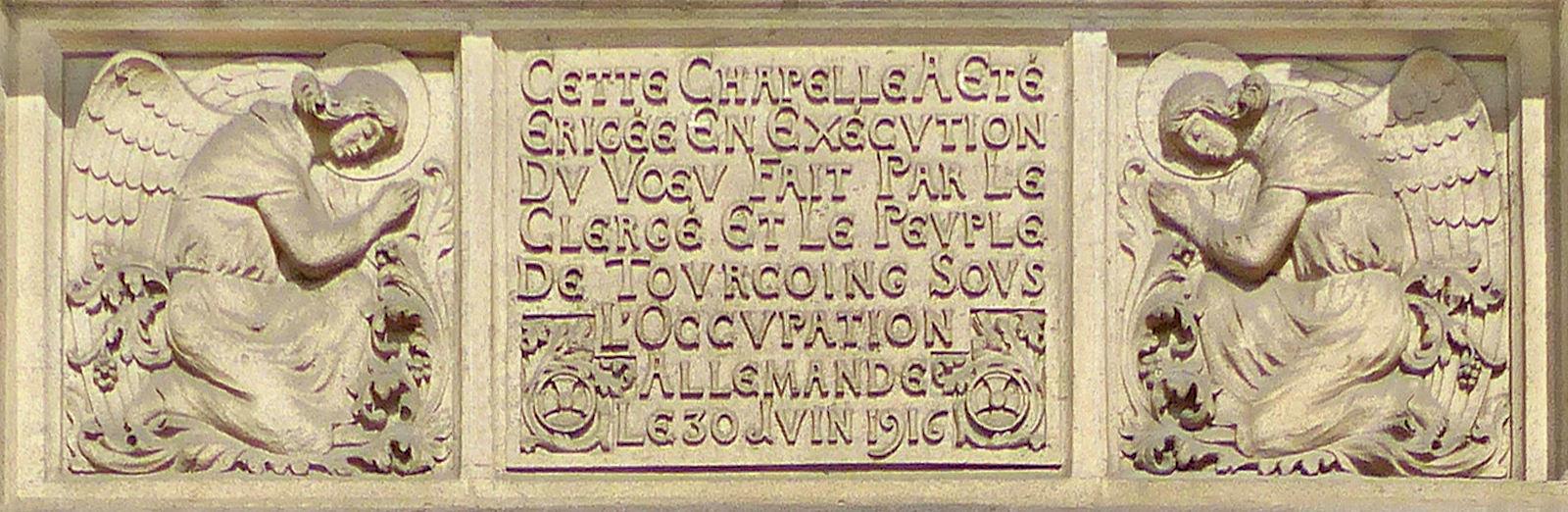 Chapelle du Voeu, Tourcoing - Inscription Fronton.