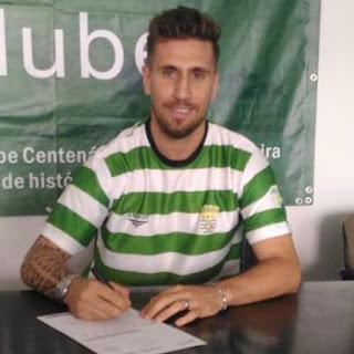 Vítor Fonseca assina pelo Leça