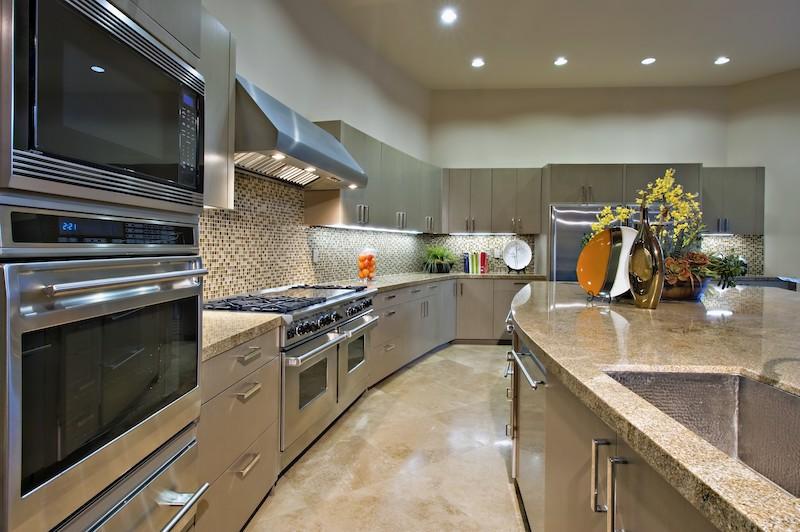 Renkli Mutfaklarda Tasarımlar