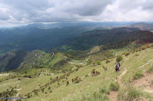 Alta Garrotxa, ruta senderista, natura, Pirineus catalans, Girona, Catalunya, natura