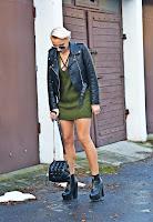 http://www.karyn.pl/2016/12/sweterkowa-sukienka.html