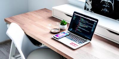8 pengaruh website dalam bisnis online