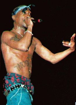 Tupac (2Pac) Hologram Live in Concert at Coachella 2012 ... |Tupac Performing