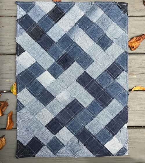 How to Make a Woven Throw Rug out of Recycled Denim Jeans - Tutorial