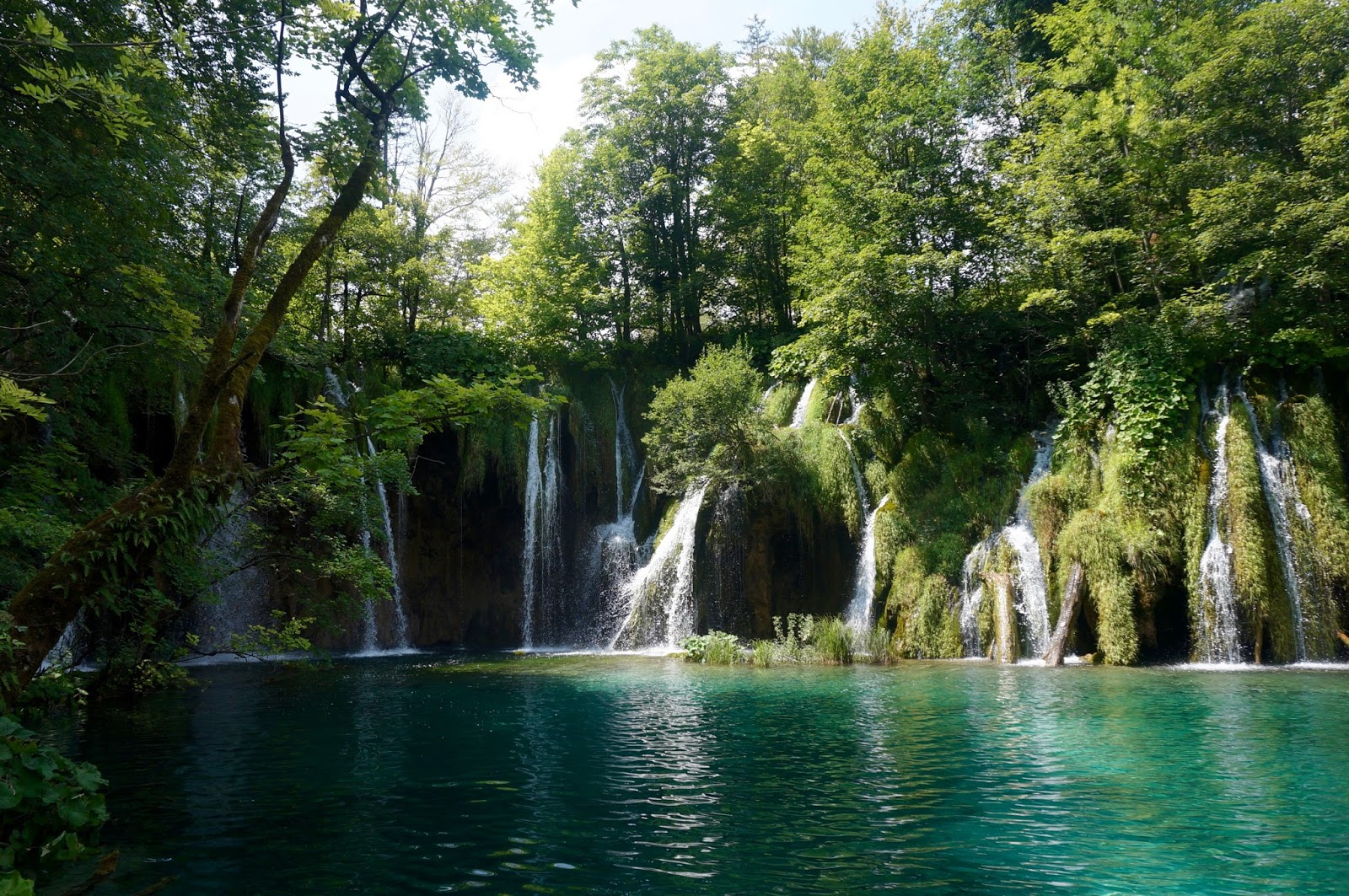 WATERFALLS PLITVICE LAKES NATIONAL PARK, CROATIA