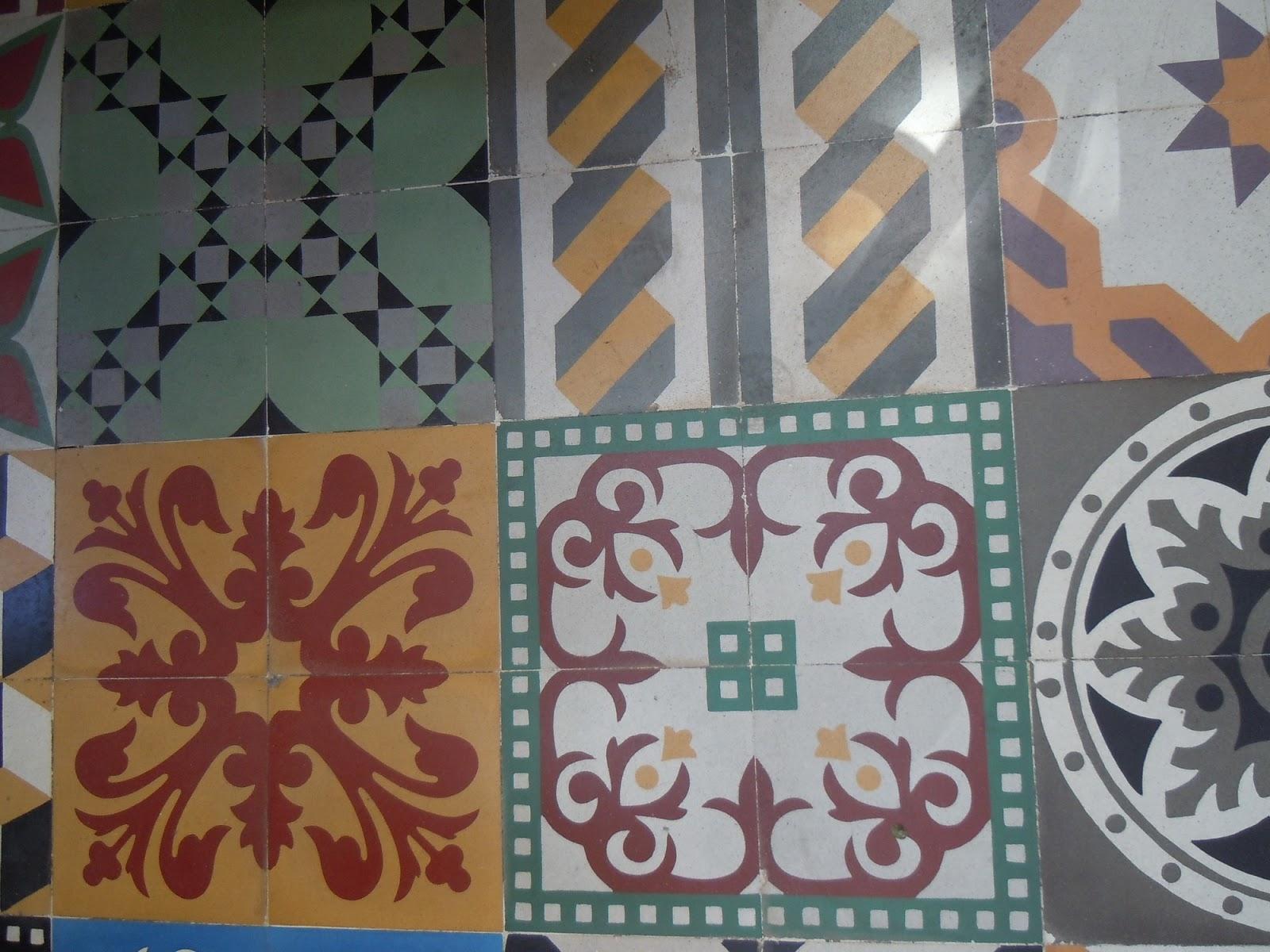 sans gluten beyrouth d coration murale clin d 39 oeil au carrelage l 39 ancienne de beyrouth. Black Bedroom Furniture Sets. Home Design Ideas