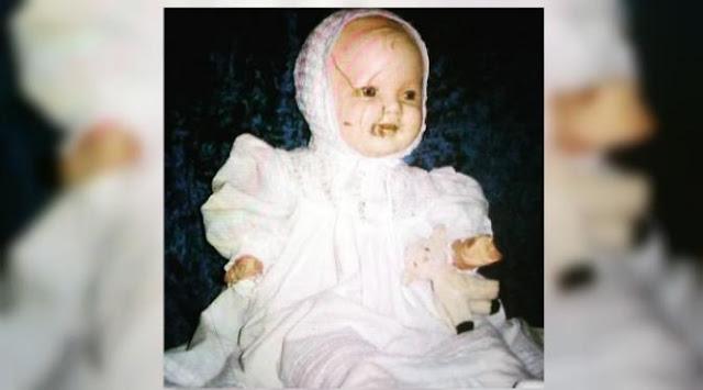 5 Boneka Paling Menyeramkan Di Dunia