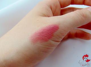 Astor - Soft Sensation Lippenstift - Beige Coquette #604 - www.annitschkasblog.de