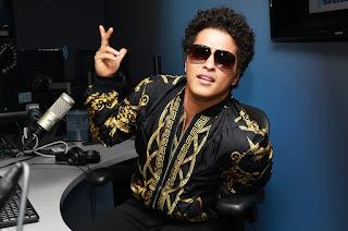 Makna Dan Arti Terjemahan Lirik Lagu Versace on The Floor | Bruno Mars